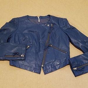 EUC Free People Vegan leather cropped jacket sz 4